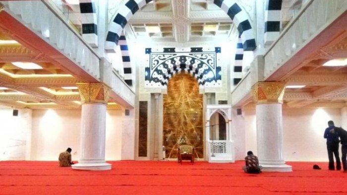 Bermodalkan 5 ekor ayam Suciati Wujudkan Mimpi Bangun Masjid Megah